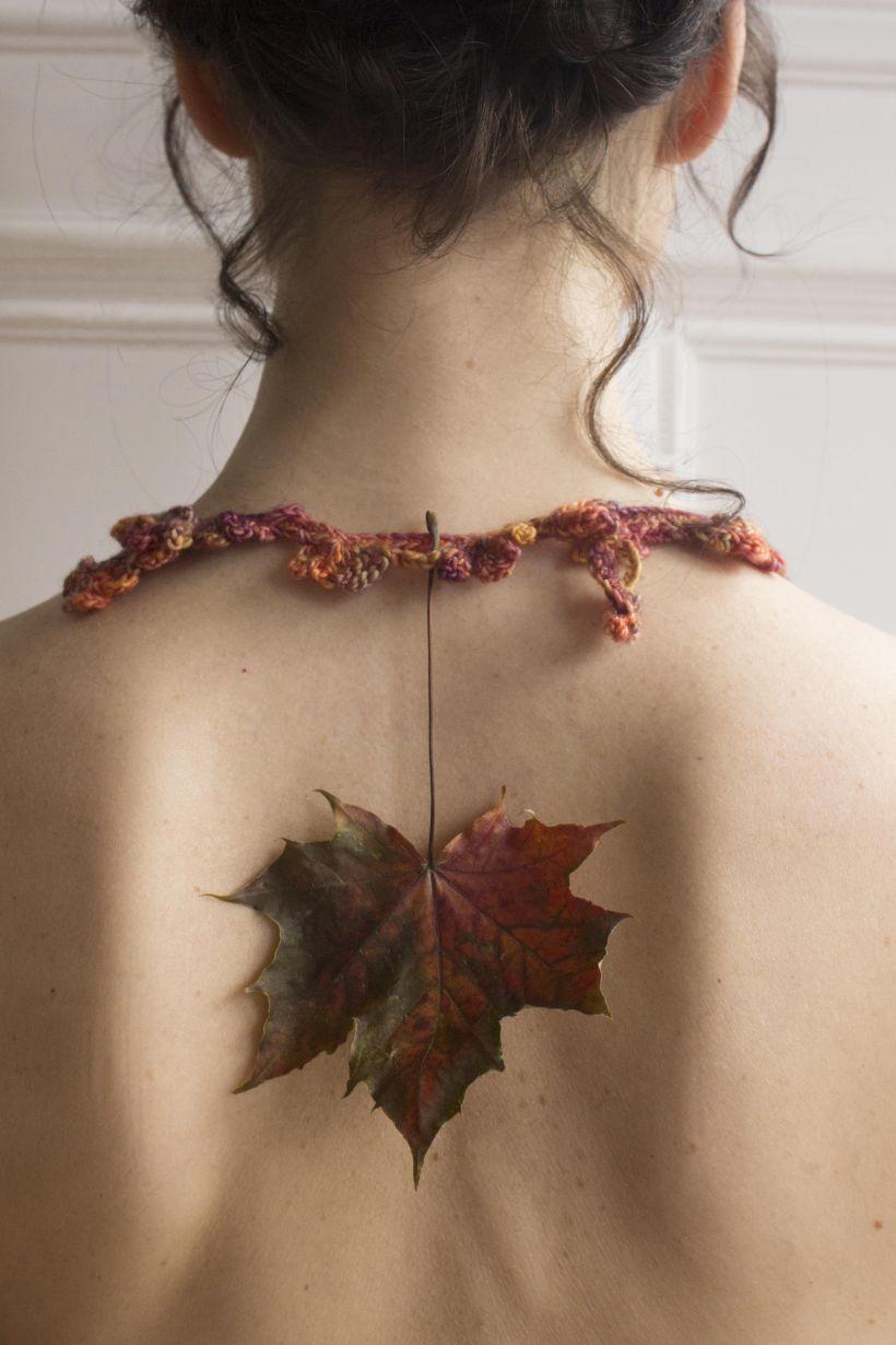Autumn steel leaves collar 3.